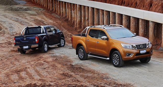 2020 Nissan Frontier front