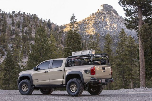 2021 Chevrolet Colorado ZR2 rear