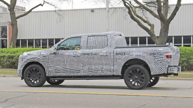 2021 Ford F-150 side