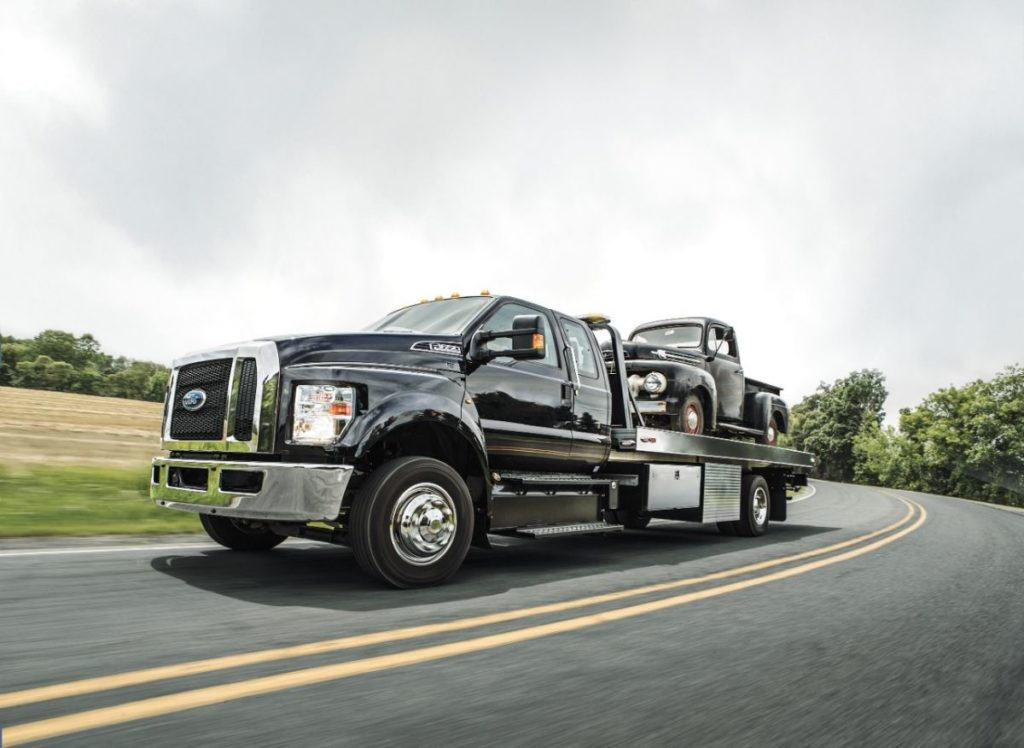 2021 Ford F650 side