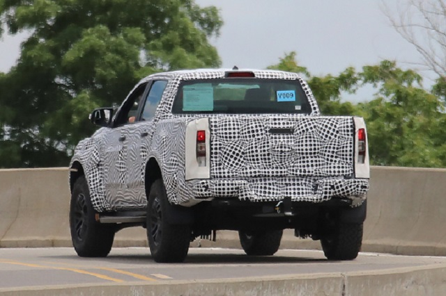 2022 Ford Ranger Raptor rear