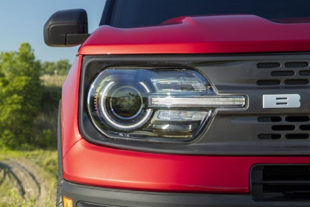 2021 Ford Bronco Sport Pickup headlights