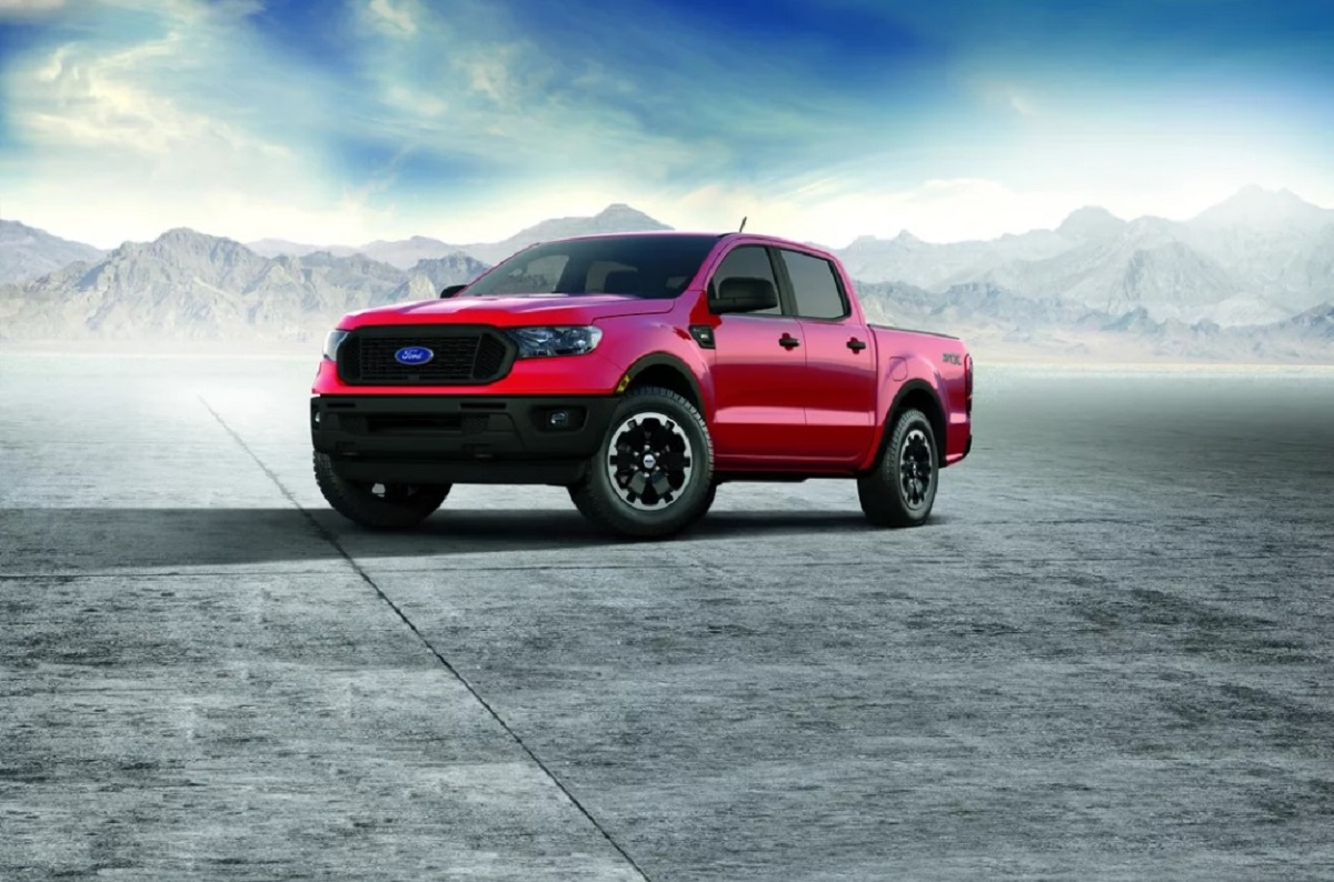 2021 Ford Ranger STX front look