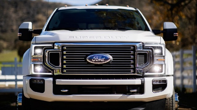 2022 Ford Super Duty front