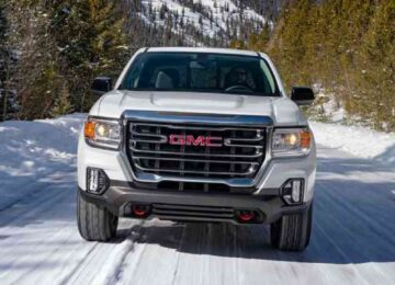 2022 GMC Canyon front