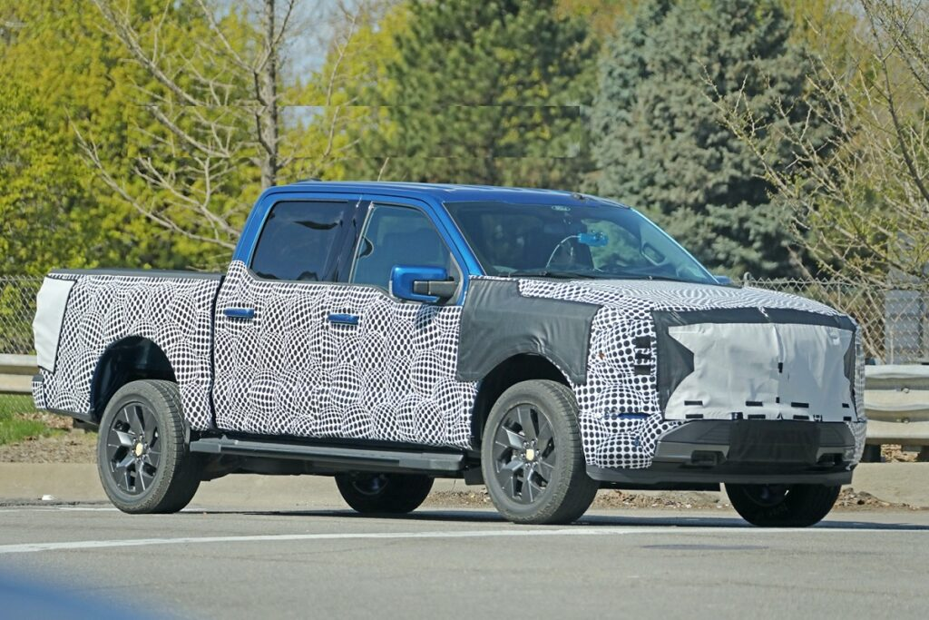 2023 Ford F-150 Electric front